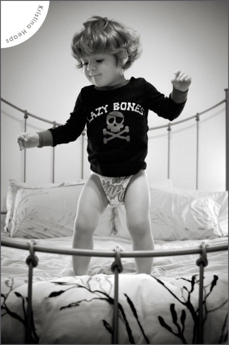 2013-April-lincoln-jump-on-bed-2